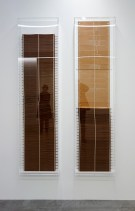 Simon Starling, Red, Green, Blue, Loom Music (Components), 2016. Chaîne de cartes perforées pour tisser une visualisation sonore générée par ordinateur de «La Macchina Tessile» [Le métier à tisser] de Rinaldo Bellucci.