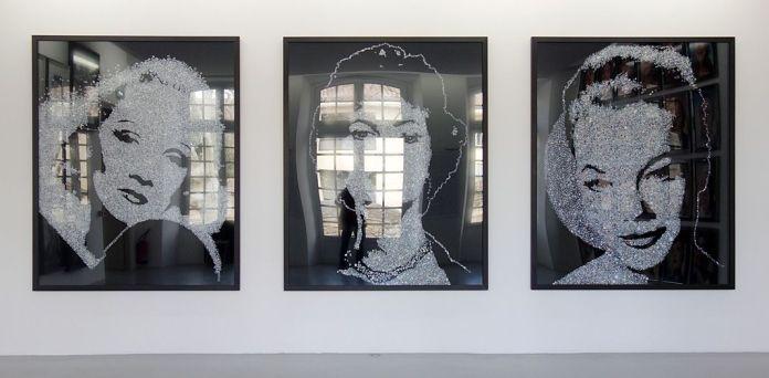 Vik Muniz, «Diamond Divas- Marlene Dietrich, Sophia Loren, Romy Schneider», 2004 -Douglas Gordon, série «Self-Portrait of You + Me », 2006-2008 - Andres Serrano, série «Comédie Française», 2007 - J'♥ Avignon à la Collection Lambert