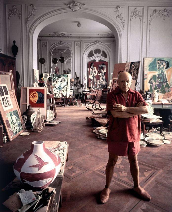 Arnold Newman, Picasso dans son atelier à Cannes, 1965