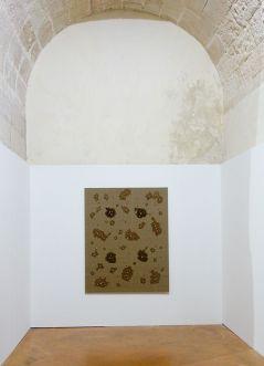 Kim Tschang-Yeul - L'Événement de la nuit à la chapelle du Méjan – Arles -Vue de l'exposition, niveau 0 - troisième chapelle à droite