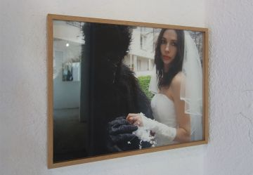 Adel Abdessemed, Anything Can Happen When an Animal Is Your Cameraman 2008, C-pont, 47 x 62,9 cm - Au-delà du principe de plaisir - Rencontres Arles 2018