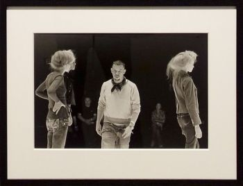 Ann Ray, On ne joue pas, Lee McQueen en répétition, Paris, 2004 - Les Inachevés- Lee McQueen - Rencontres Arles 2018
