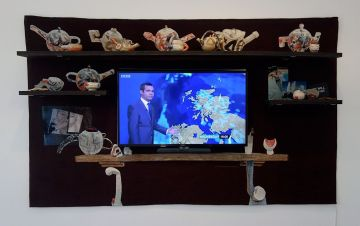 Laure Prouvost, The TV Mantelpiece, 2016 - Tissage - Tressage.