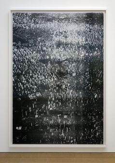 Wolfgang Tillmans, City (Sao Paulo), 2010 - Qu'est-ce qui est différent à Carré d'Art – Nîmes - Vue de l'exposition - Salle 2