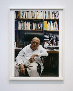 Wolfgang Tillmans, Oscar Niemeyer, 2010 - Qu'est-ce qui est différent à Carré d'Art – Nîmes - Vue de l'exposition - Salle 5