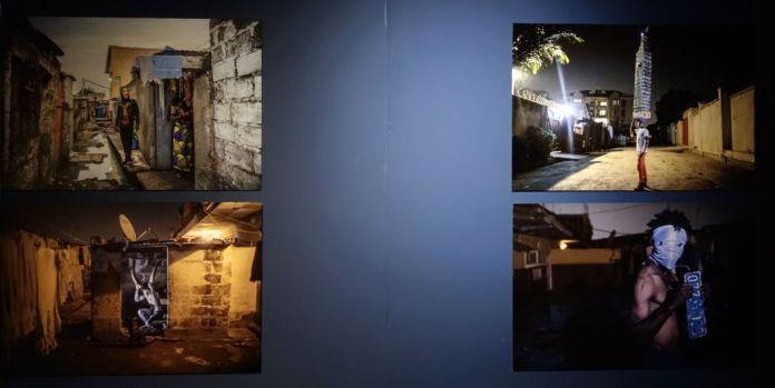 Anonyme Vendeur d'oeufs (2017) Christian Bokondji (né en 1991 à Kinshasa ; vit et travaille à Kinshasa) Un diable dans la rue (2016) Fabrice Kayumba, dit Strombondoribo (né en 1984 à Kisangani (RDC) ; vit et travaille à Kinshasa) Le diable est innocent ? (2015) Corps diplomatique (2015) Performances photographiées par Renaud Barret