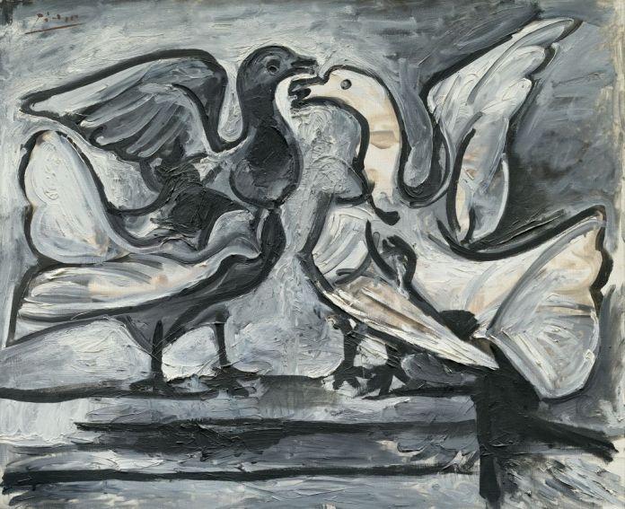 Pablo Picasso (1881-1973), Deux pigeons aux ailes déployées, Cannes, 16-19 mars 1960, huile sur toile, 59,8 x 73,1 cm Solomon R. Guggenheim Museum, New York, Thannhauser Collection, don Justin K. Thannhauser, 78.2514.66 © Succession Picasso 2019