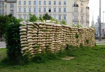 Mona Hatoum - Jardin suspendu - 100 artistes dans la ville