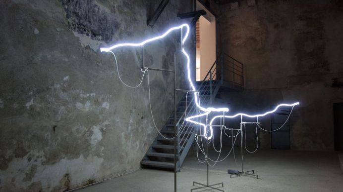 Pierre Malphettes - Une ligne de crête, 2012 – L'horizon des particules à Vidéochroniques