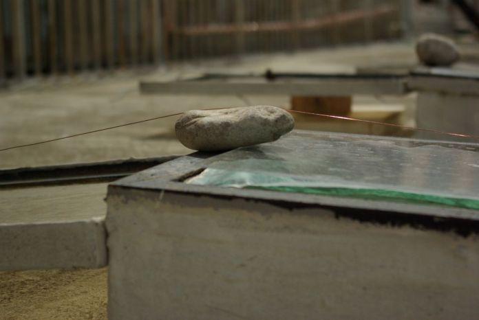 Delphine Wibaux - Mémoire intermédiaire pour 8 lucarnes © Delphine Wibaux - Lumière habitée - art-cade galerie – Photo Delphine Wibaux