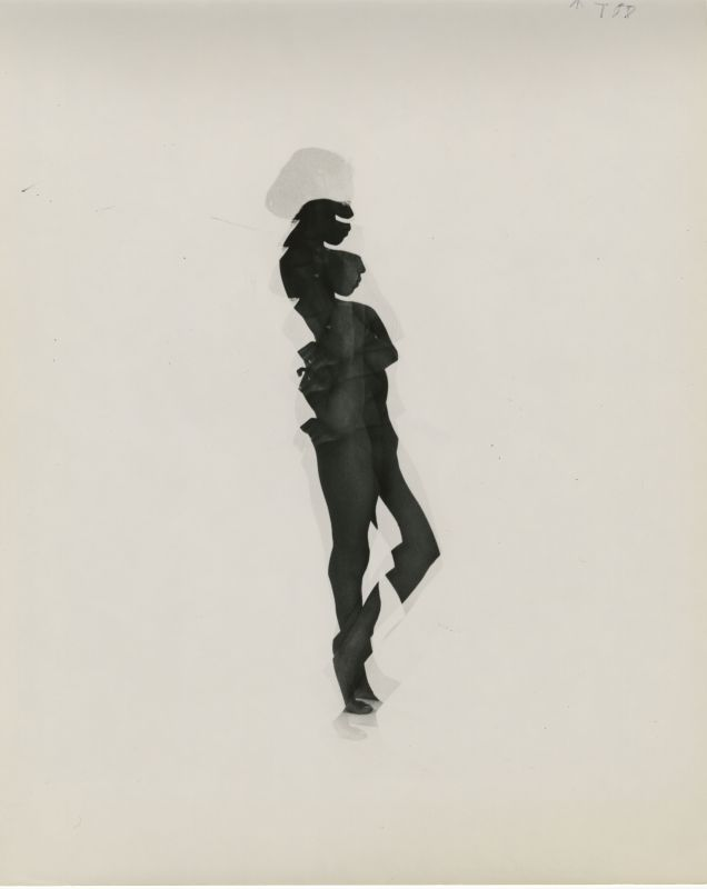 Charles Swedlund The search for form: studies of the human figure s.t. c.1961 Tirage sur papier aux sels d'argent