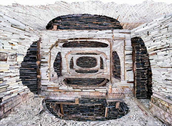 Marjan Teeuwen, Destroyed House Krasnoyarsk 1, 2010