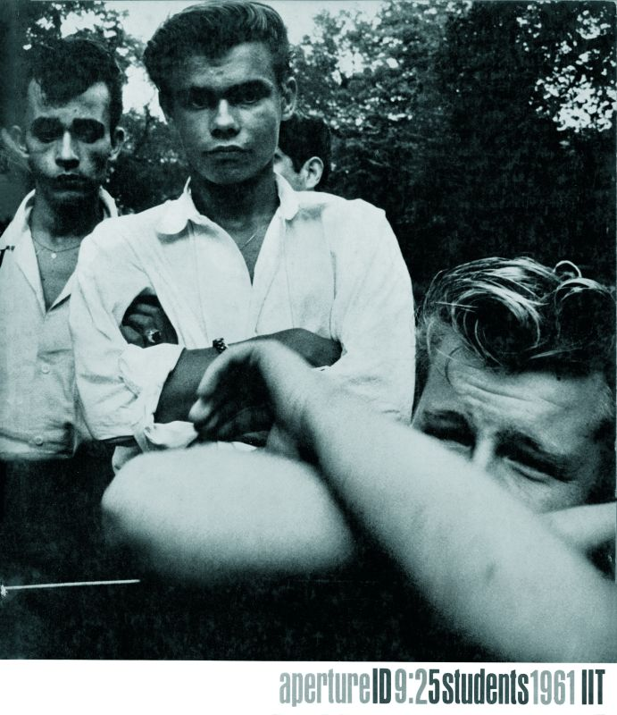 Joseph Sterling The age of adolescence, Couverture de la revue Aperture 9 :2, 1961 © The Estate of Joseph Sterling / Aperture
