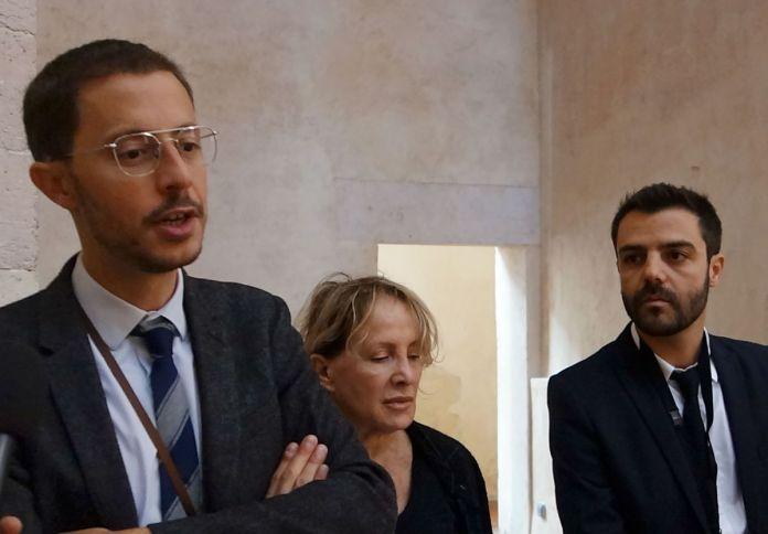 Xavier Rey et Guillaume Theulière, commissaire de l'exposition Par hasard – Marseille