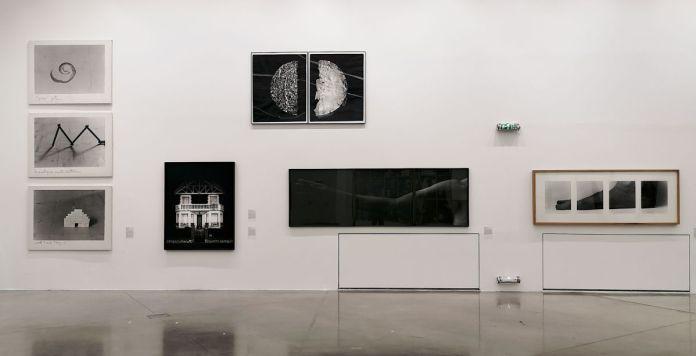 Photographie et documents, 1983-2018 au Frac Paca - Vue de l'exposition au Plateau 1