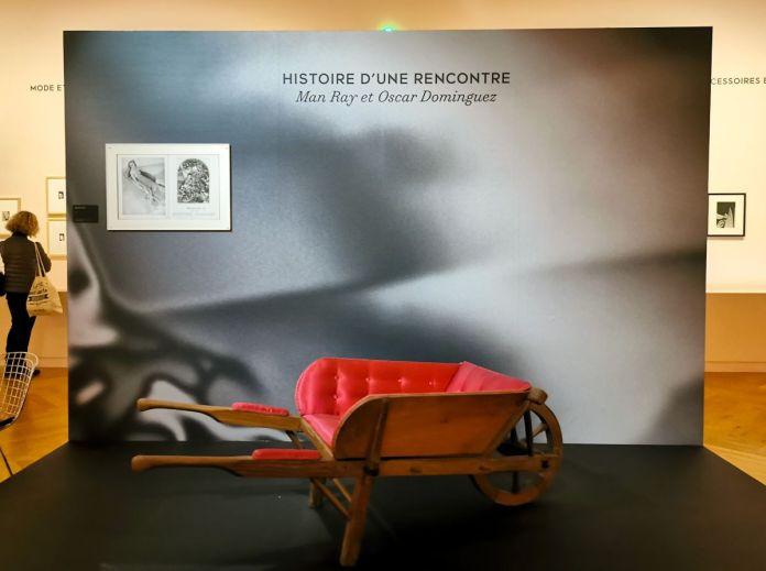 Oscar Dominguez et Marcel Jean - Brouette n°1, avant 1937 - Man Ray, photographe de mode - Musée Cantini - Man Ray et Oscar Dominguez, histoire d'une rencontre