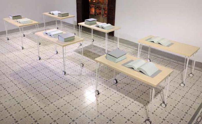 Martin John Callanan - Each and Every Command, vue d'exposition, Galerie Horrach-Moyà, Palma, 2017