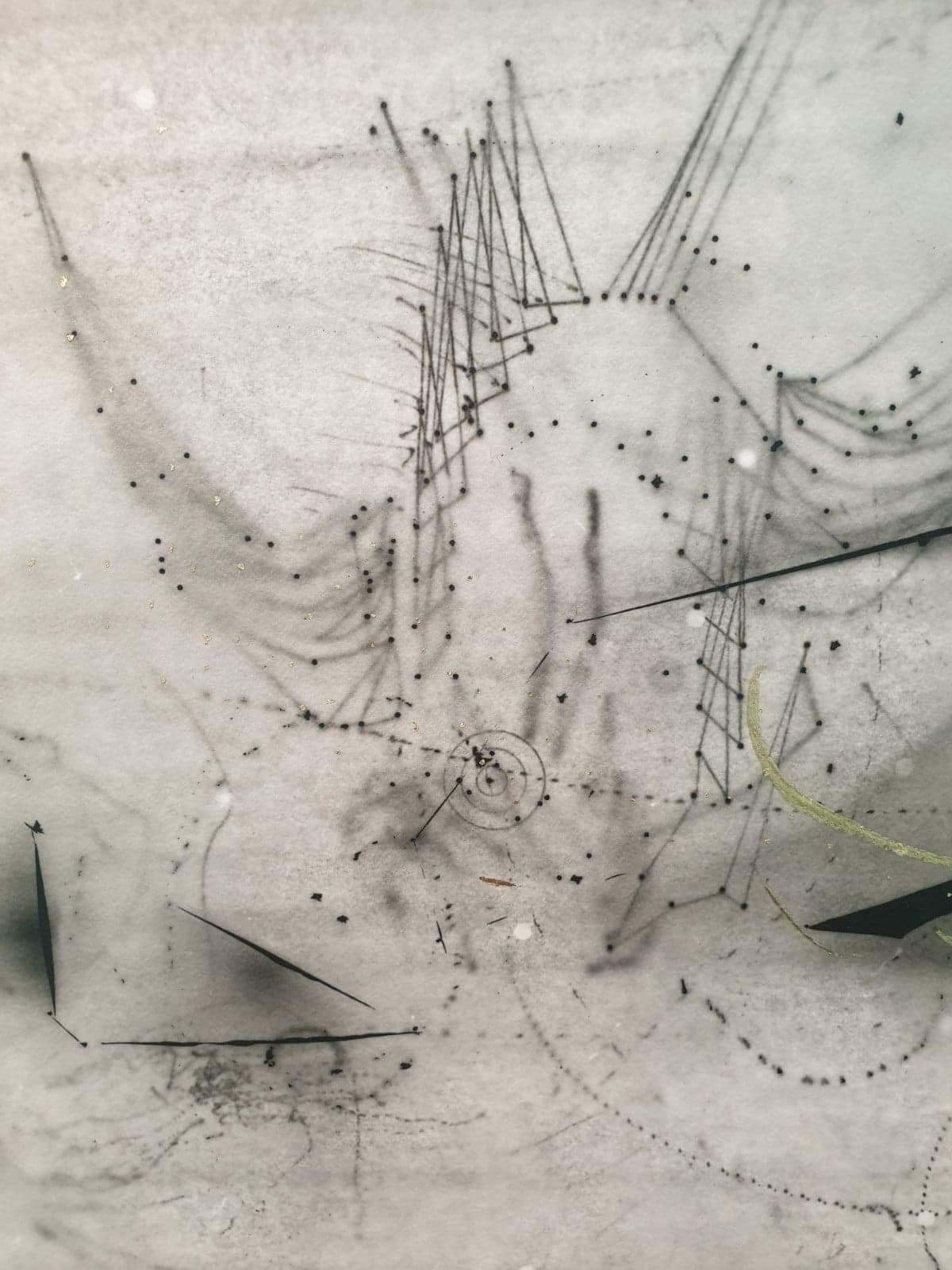 Nina Roussière - Constellation du dragon, 2020 (détail) - Les traces du futur - galerie chantiersBoîteNoire - © Photo Nina Roussière