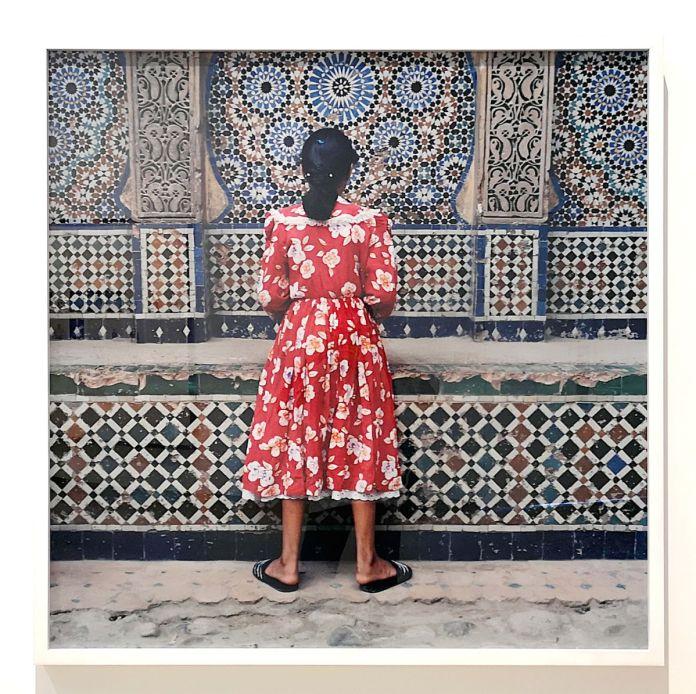 Yto Barrada - Fille rouge - Des Visages - Le temps de l'Autre - Carré d'Art à Nîmes - Salle 2