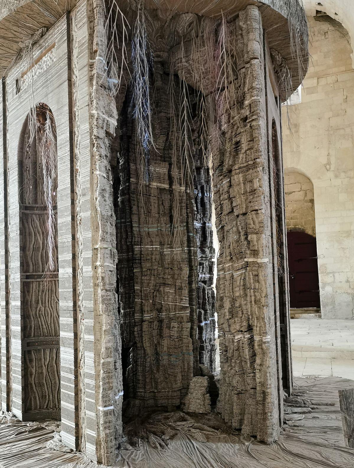 Eva Jospin – Cénotaphe (Détail) à l'abbaye de Montmajour à Arles