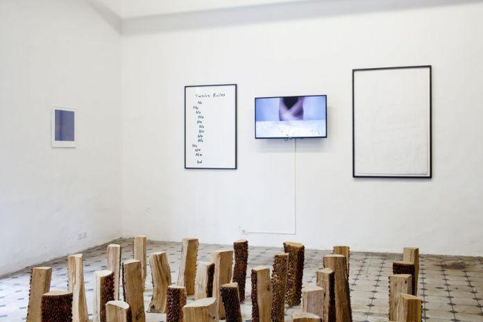 Amandine Simonnet - Palimpseste, 2020 - Gilles Pourtier - La Quarantaine - Le grand refus, 2020 - Calque 0, 2019 - «Does the angle between two walls have a happy ending» - Photo ©Gilles Pourtier