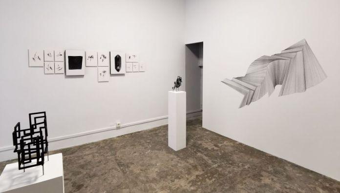 Amandine-Simonnet-et-Gilles-Pourtier-Does-the-angle-between-two-walls-have-a-happy-ending-33-rue-St-Jacques-PAC-2020-Marseille