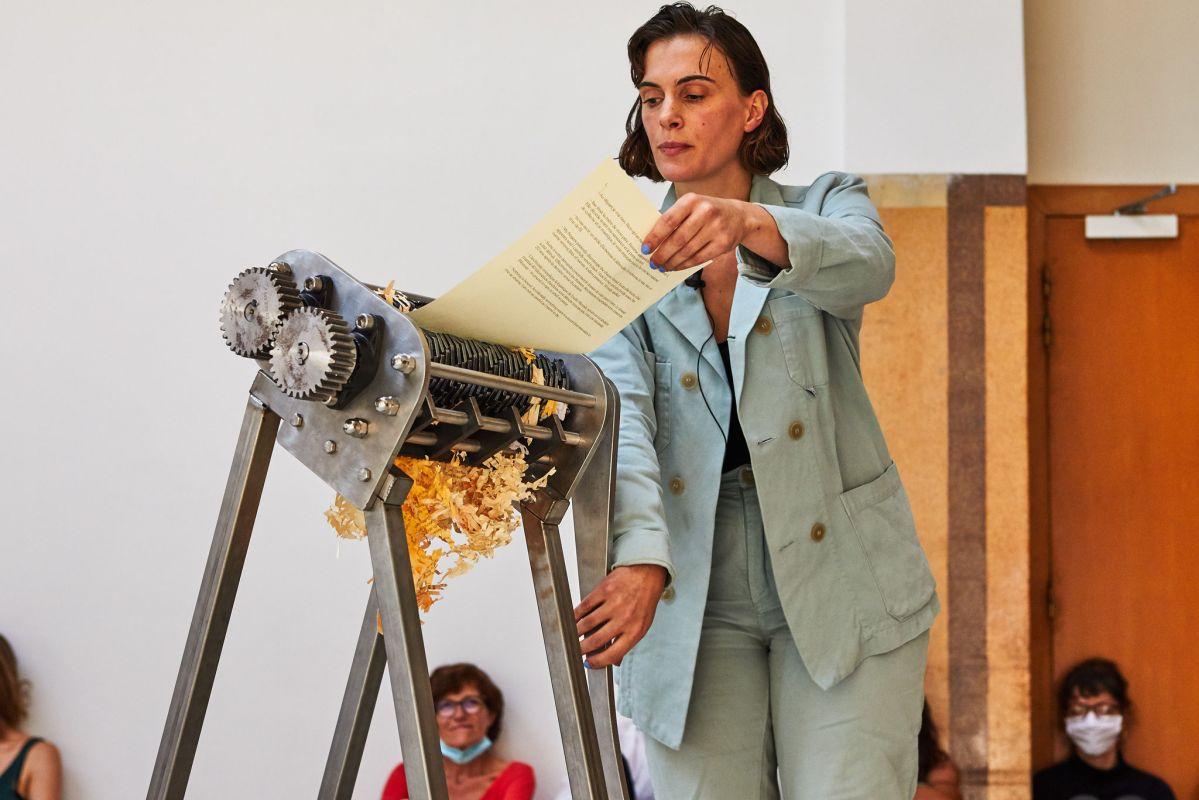 Marie Ilse Bourlanges - Performance Mother's Milk, 2020 - Displace au 3 bis f - Photo ©Jean christophe Lett