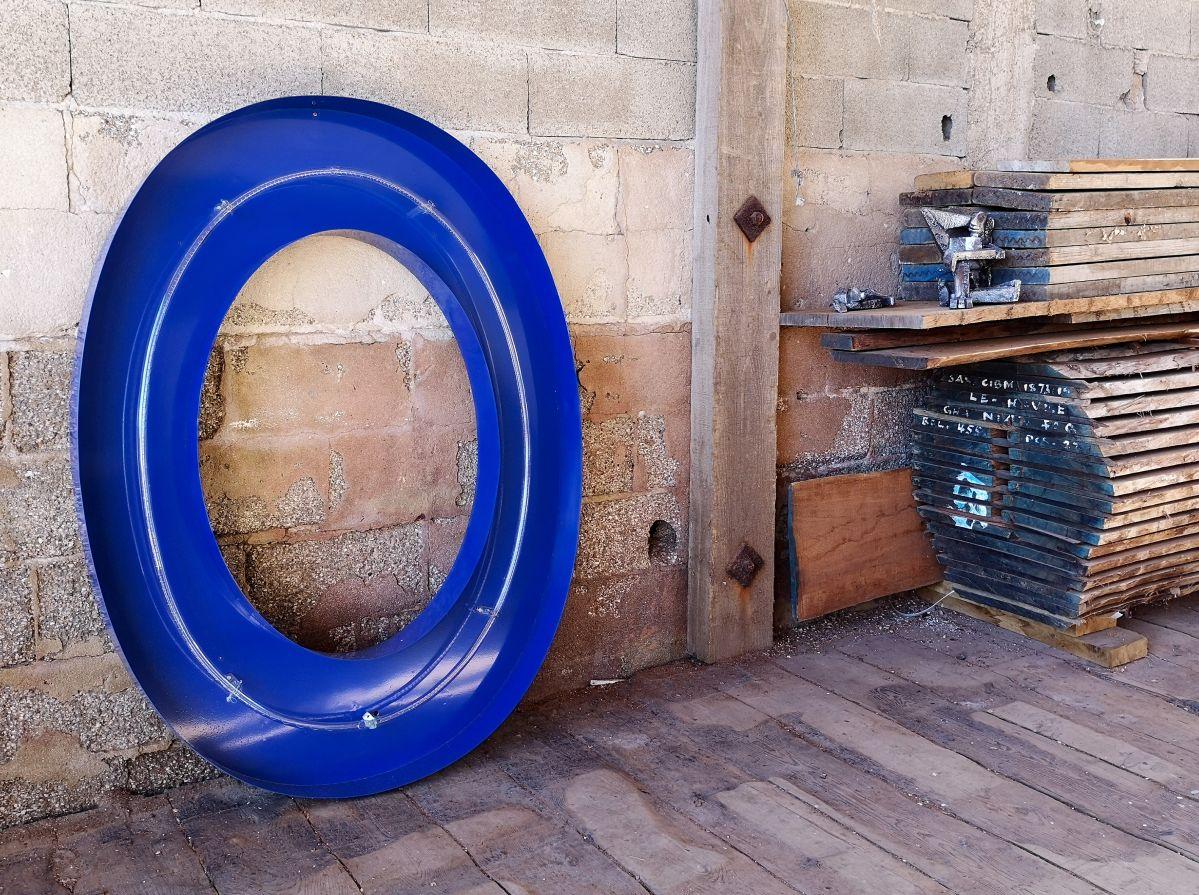 Olivier Millagou - O bleu, 2020 et Olivier & Hippie, 2020 - «Winter A-Go-Go» au Chantier Naval Borg - PAC 2020 - Marseille