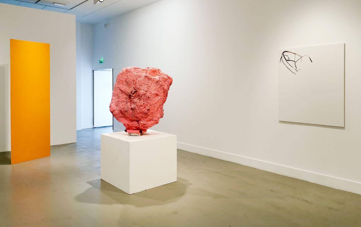Franz West - Appartement, 2001 et Michael Krebber - 1 Castel Street, 2001 - 00s - Collection Cranford - les années 2000 au MOCO Montpellier