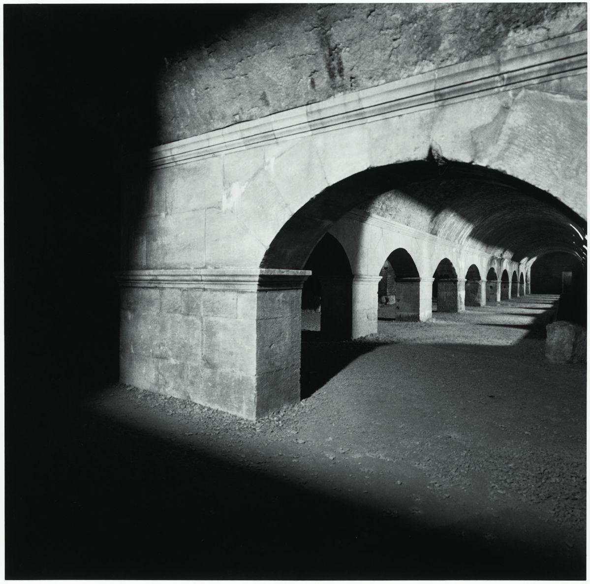 Jacqueline Salmon - La Raison de l'ombre et des nuages Arles, 1997-1998. Tirage argentique sur papier baryté