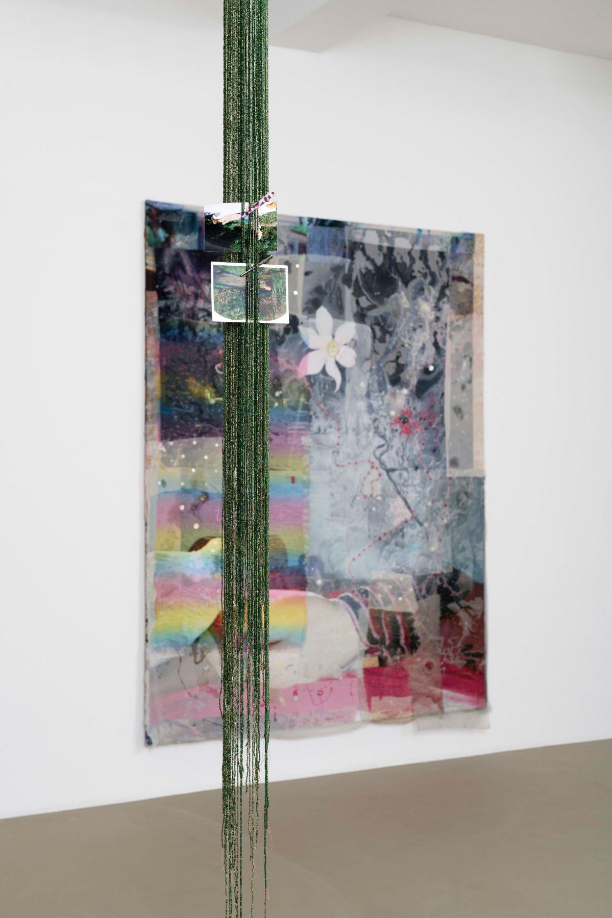 Mimosa Echard - Numbs, vue de l'installation à la Galerie Chantal Crousel, 2021 © Aurélien Mole
