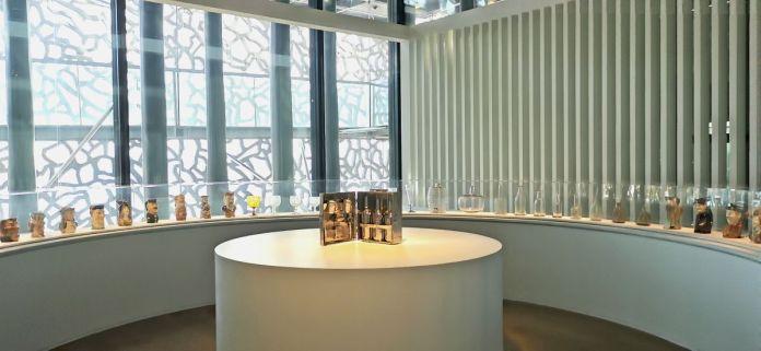 Jeff Koons au Mucem - Œuvres de la Collection Pinault - Salle 2 - vue de l'exposition