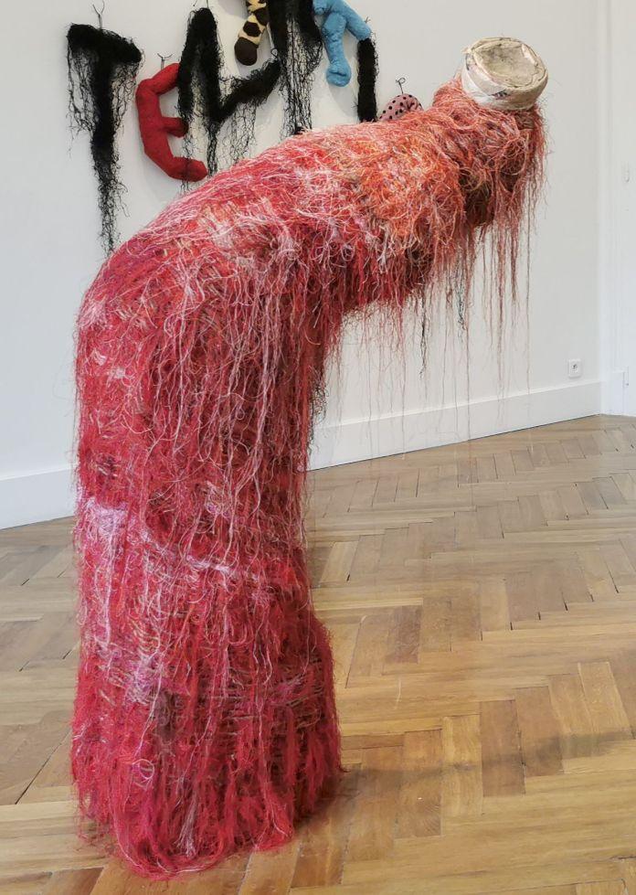 Awena Cozannet - Woman, look at you, 2003 - Sculpture en fête ! Les dix ans de la Collection Villa Datris