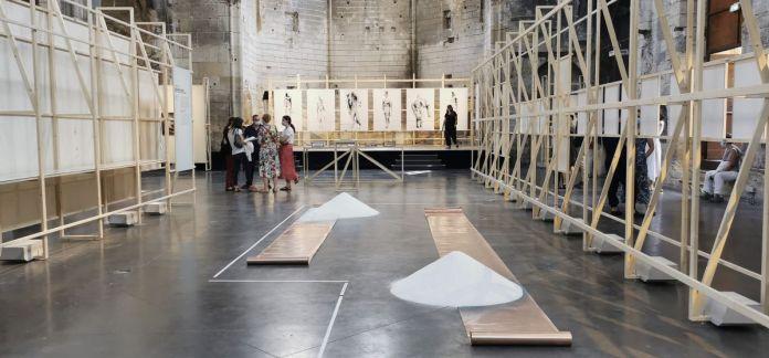 Mariana Hahn - Éros et Thanatos eurent un enfant - Exposition Prix Découverte Louis Roederer 2021 aux Rencontres d'Arles