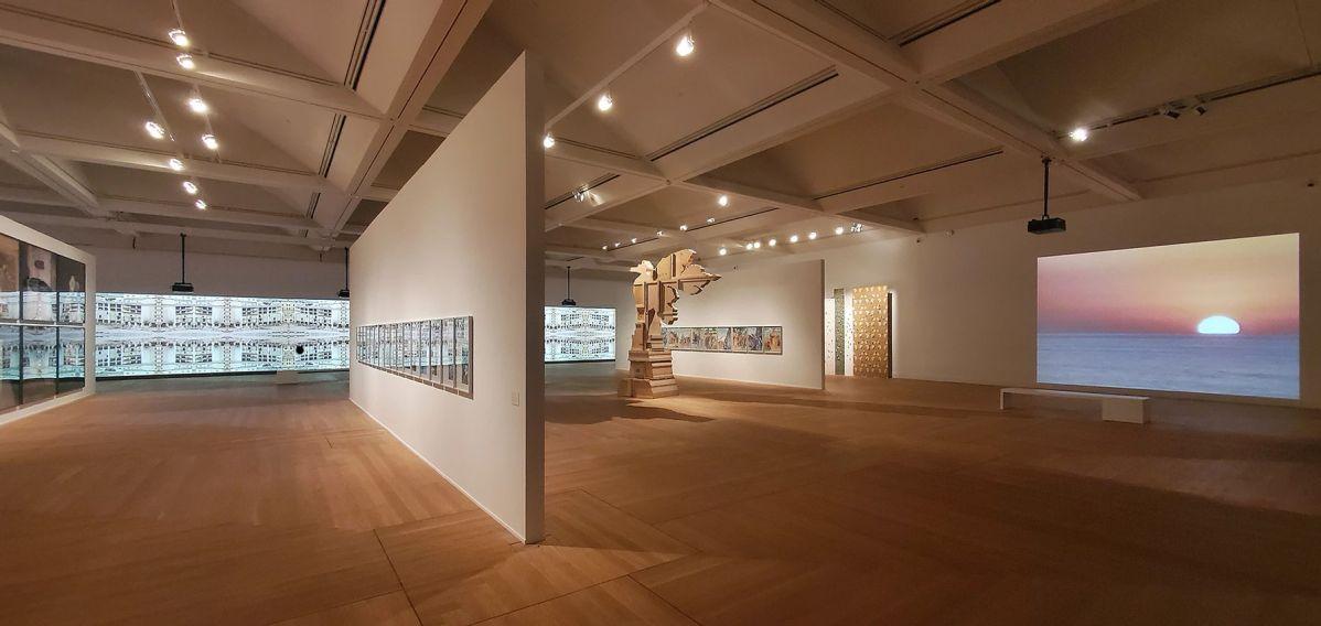 Walid Raad - «Let's be honest, the weather helped» au Moderna Museet de Stockholm en 2020. Photo Walid Raad