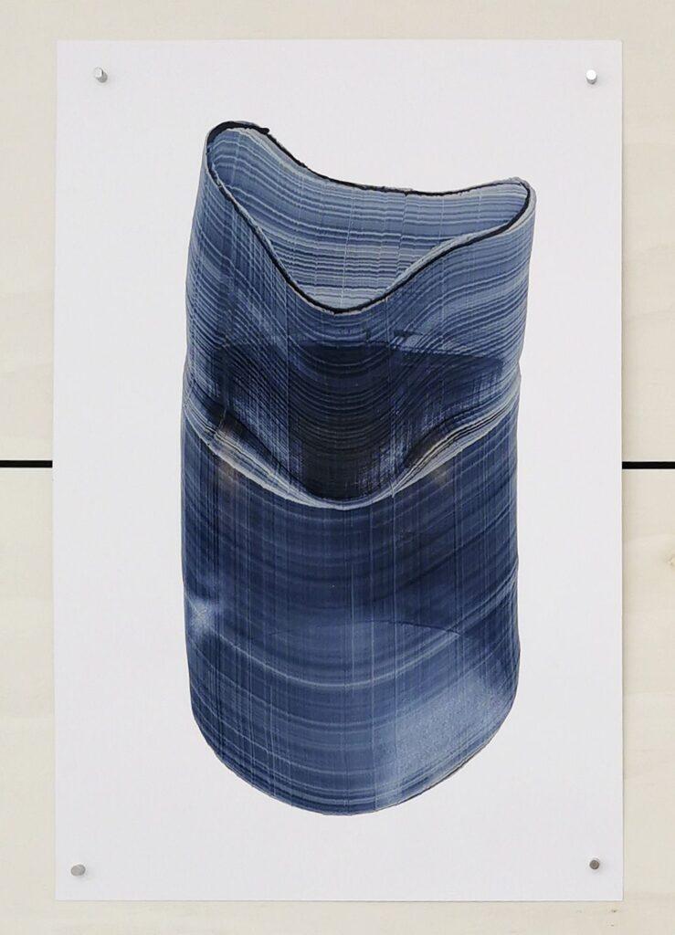 Baptiste Meyniel - Dessin balayé, déformation d'un gros cylinde #3, 2021 - Pirouettes au Studio Fotokino – Marseille