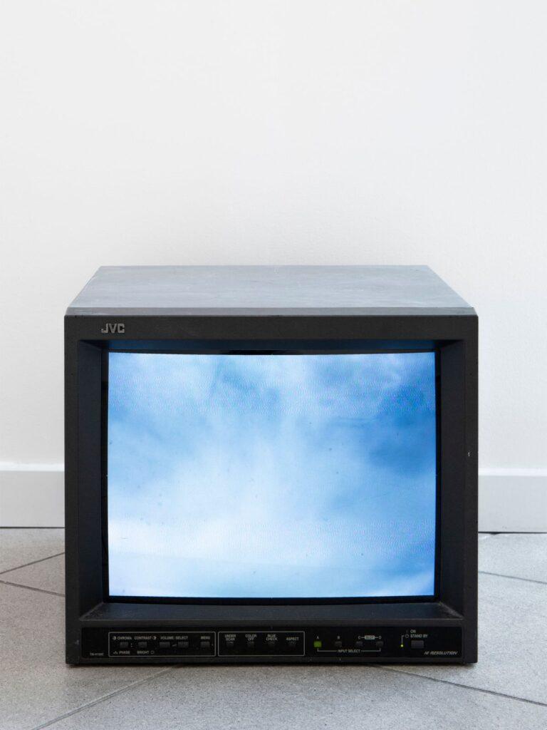 Yoko Ono - Sky Tv for Hokkaido (1966-2005) - Under the same sky à l'Aire - Arles - Arles - Photo ©Mathilde Sangnier