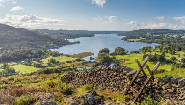 england-lake-district-windemere-loughrigg-fell
