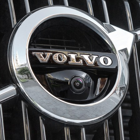 Volvo XC90 T8 frontal camera closeup