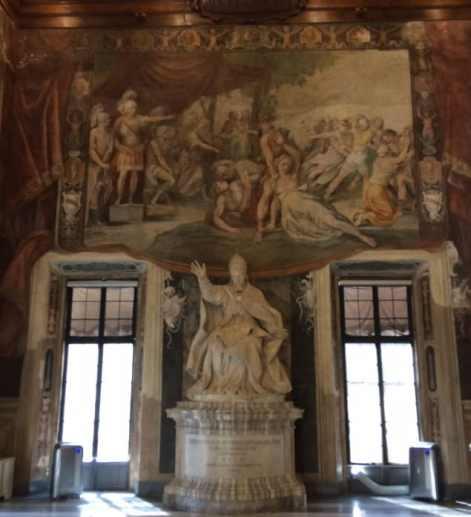 Estatua de Urbano VIII de Bernini en los Museos Capitolinos