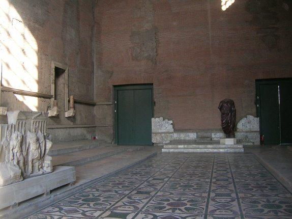 curia julia foro romano interior