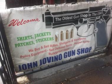 """""""Le plus vieux magasin de pistolet des USA"""""""