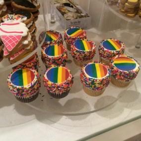 Muffins Gay Pride