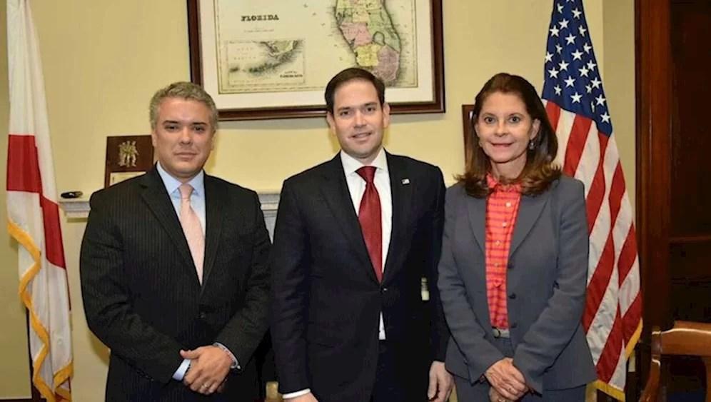 El narco Iván Duque cumplirá exigencia de los gringos y elevará la producción de coca a 300.000 hectáreas este año...