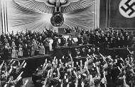 Hitler: Aborto del capitalismo internacional para contener el avance del comunismo…