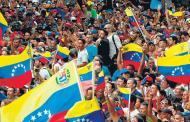 El chavismo sale a la calle