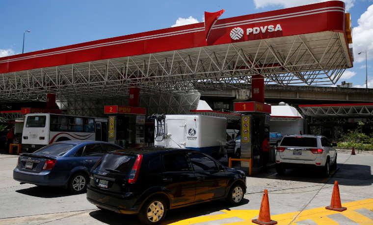 ¿Por qué el Presidente Maduro no ha aumentado la gasolina ni implementado el sistema de distribución de los combustibles a través del Carnet de la Patria?