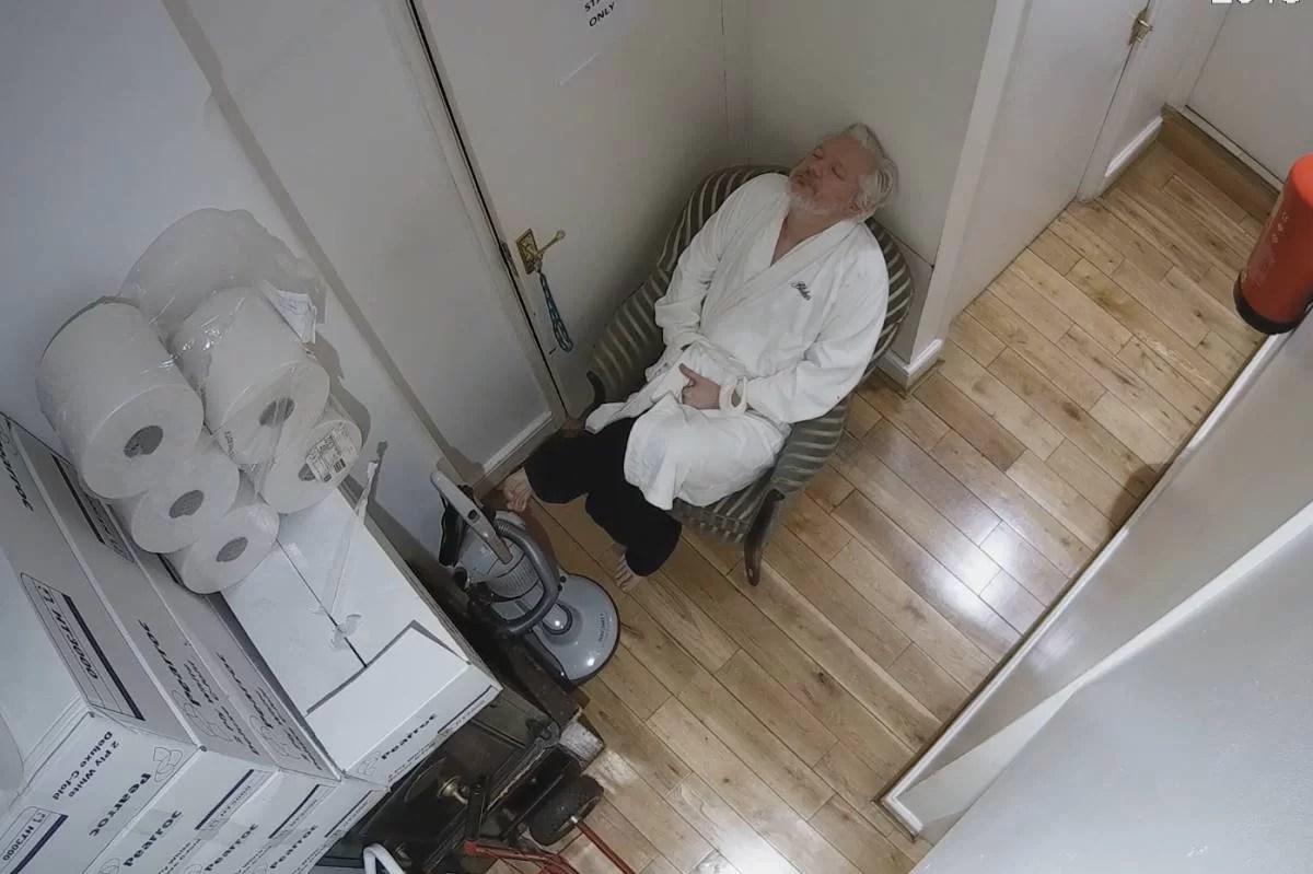 EE UU y la UE asesinan lentamente a Assange...