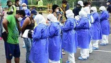 Miles de venezolanos en la frontera con Colombia son atendidos a su regreso a la Patria luego de escapar de la xenofobia y encontrar protección ante la pandemia...