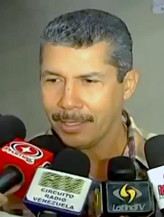 DICCIONARIO DE FARSANTES, el caso de Henry Falcón...